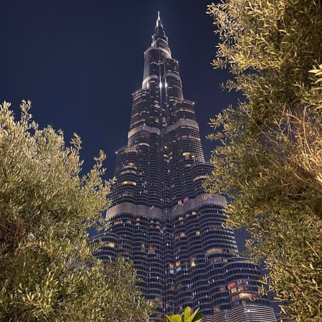Last week a part of the team was in Dubai for important meeting, prospection and some fun (work hard, play hard). This some pictures we wanted to share with you from our business trip.What impressed us was the fabulous gigantic architecture so you will find pictures of the highest building in the world Burj Khalifa (828m) @burjkhalifa , the 7 stars hotel Burj al arab (321m) @burjalarab and some extra shots @atlantisthepalm @dubaimiraclegarden @fivepalmjumeirah ! Enjoy the trip with us #dubai #architecture #burjkhalifa #burjalarab #emirates #skyscrapers #businesstrip